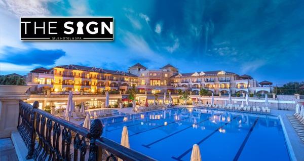 5 yıldızlı The Sign Şile Hotel & Spa'da kahvaltı dahil çift kişilik konaklama seçenekleri 229 TL'den başlayan fiyatlarla! Fırsatın geçerlilik tarihi için DETAYLAR bölümünü inceleyiniz.