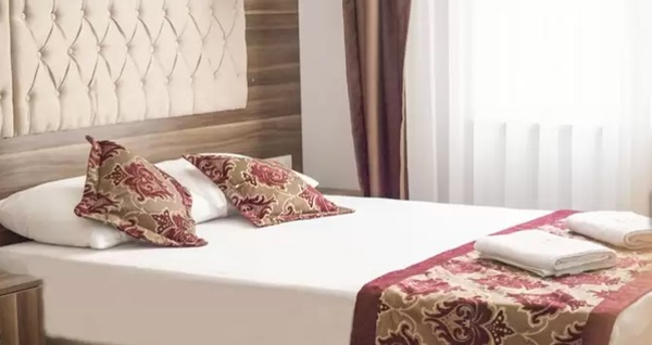 The Reina Hotel by Quonca'da çift kişilik 1 gece konaklama keyfi! Fırsatın geçerlilik tarihi için DETAYLAR bölümünü inceleyiniz.