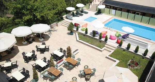 King Hotel Kavaklıdere'de kahvaltı dahil çift kişilik 1 gece konaklama 250 TL yerine 159 TL! Fırsatın geçerlilik tarihi için, DETAYLAR bölümünü inceleyiniz.