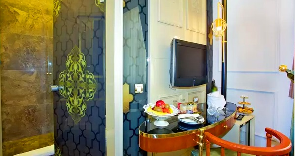 Taksim Star Hotel'de çift kişilik 1 gece konaklama seçenekleri 219 TL'den başlayan fiyatlarla! Fırsatın geçerlilik tarihi için DETAYLAR bölümünü inceleyiniz.