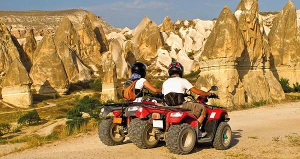 Bayramda da geçerli Sarıçamlar Turizm ile Kapadokya ATV Safari, Jeep Safari, Deve Safari Turları 159 TL'den başlayan fiyatlarla! Tur kalkış tarihleri için, DETAYLAR bölümünü inceleyiniz.