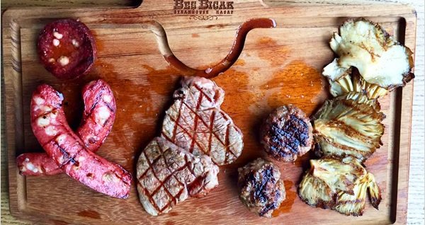 Beş Bıçak Steakhouse Beylikdüzü ve Bahçeşehir şubelerinde geçerli zengin lezzet menüleri 49,90 TL'den başlayan fiyatlarla! Fırsatın geçerlilik tarihi için DETAYLAR bölümünü inceleyiniz.