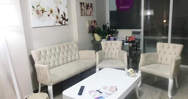 Eryaman Hills Beauty Center'da 1 seans profesyonel cilt bakımı ve 6 seans istenmeyen tüylerden kurtulma uygulamaları 29,90 TL'den başlayan fiyatlarla! Fırsatın geçerlilik tarihi için, DETAYLAR bölümünü inceleyiniz.