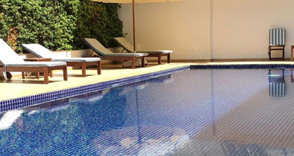Beyoğlu Opera Hotel L'aura Spa'da açık havuz keyfi 79 TL'den başlayan fiyatlarla! Fırsatın geçerlilik tarihi için DETAYLAR bölümünü inceleyiniz.