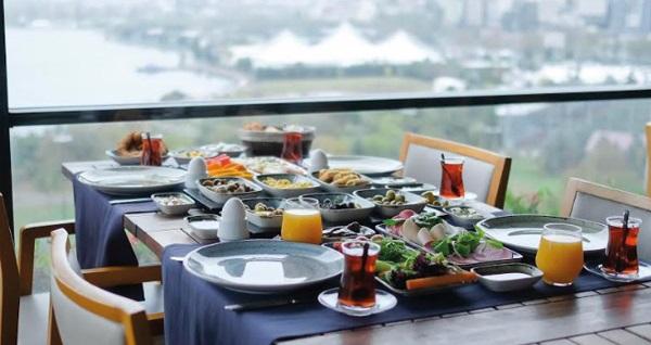 Terrace Suites İstanbul'un farklı odalarında çift kişilik 1 gece konaklama seçenekleri 230 TL'den başlayan fiyatlarla! Fırsatın geçerlilik tarihi için DETAYLAR bölümünü inceleyiniz.