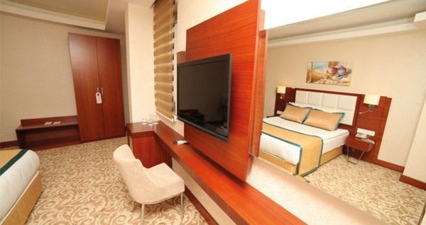 Asrin Business Hotel Kızılay'da çift kişilik 1 gece standart odada kahvaltı dahil konaklama 169 TL! Fırsatın geçerlilik tarihi için DETAYLAR bölümünü inceleyiniz.