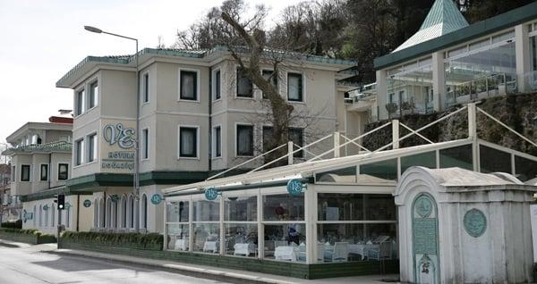 VE Hotels Boğaziçi (Vilayetler Evi) İstanbul'da Boğaz kıyısında tadına doyulmaz manzara eşliğinde fiks menü 74,90 TL! Fırsatın geçerlilik tarihi için DETAYLAR bölümünü inceleyiniz.