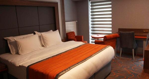 ONYX Business Hotel Ankara'da kahvaltı dahil çift kişilik 1 gece konaklama 240 TL yerine 189 TL! Fırsatın geçerlilik tarihi için, DETAYLAR bölümünü inceleyiniz.