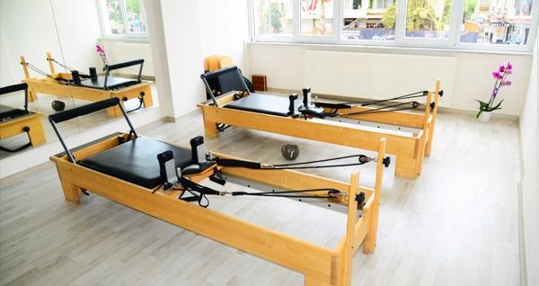 Caddebostan Body Design Pilates Studio'da birebir reformer pilates eğitimi 69 TL'den başlayan fiyatlarla! Fırsatın geçerlilik tarihi için DETAYLAR bölümünü inceleyiniz.