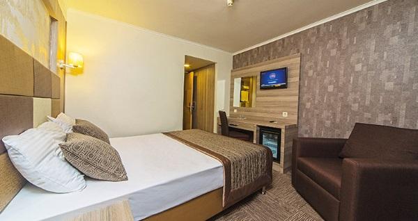 Beyoğlu Pera Arya Hotel'de kahvaltı dahil çift kişilik 1 gece konaklama 189 TL'den başlayan fiyatlarla! Fırsatın geçerlilik tarihi için, DETAYLAR bölümünü inceleyiniz.