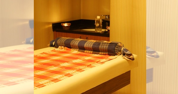 Fatih The Time Hotel Revival Spa'da ıslak alan kullanımı içeren masaj ve kese-köpük paketleri 59 TL'den başlayan fiyatlarla! Fırsatın geçerlilik tarihi için, DETAYLAR bölümünü inceleyiniz.