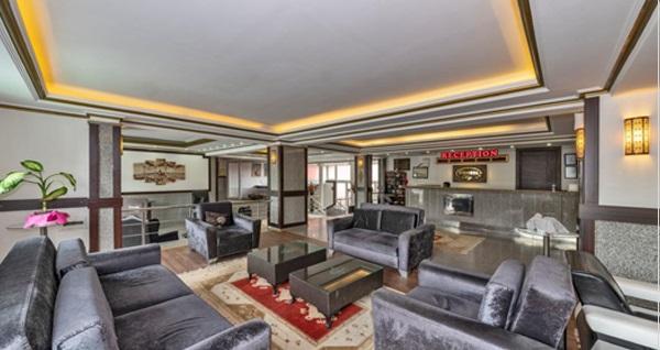 Denize sıfır Diamond City Hotels & Resorts Kumburgaz'da çift kişilik 1 gece konaklama ve plaj girişi seçenekleri 149 TL'den başlayan fiyatlarla! Fırsatın geçerlilik tarihi için DETAYLAR bölümünü inceleyiniz.