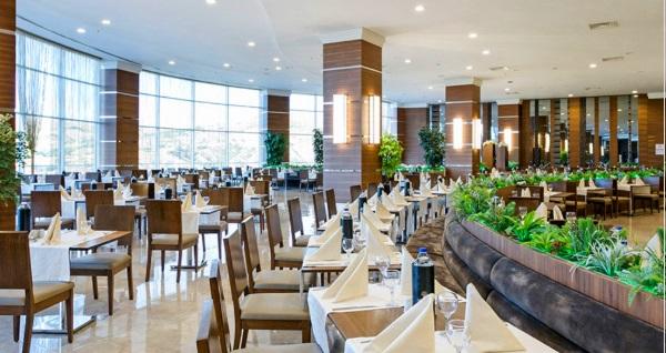 Grannos Thermal Hotel & Convention Center'da 1 gece çift kişi Yarım Pansiyon konaklama seçenekleri 449 TL'den başlayan fiyatlarla! Fırsatın geçerlilik tarihi için DETAYLAR bölümünü inceleyiniz.