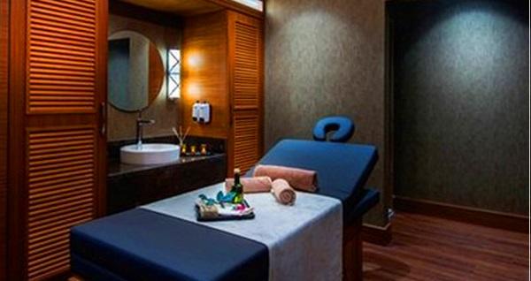 DoubleTree By Hilton Topkapı Rose Spa'da masaj seçenekleri 158 TL'den başlayan fiyatlarla! Fırsatın geçerlilik tarihi için DETAYLAR bölümünü inceleyiniz.