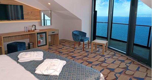 Blue Mudanya Hotel'de tek veya çift kişilik 1 gece konaklama seçenekleri 221 TL'den başlayan fiyatlarla! Fırsatın geçerlilik tarihi için DETAYLAR bölümünü inceleyiniz.