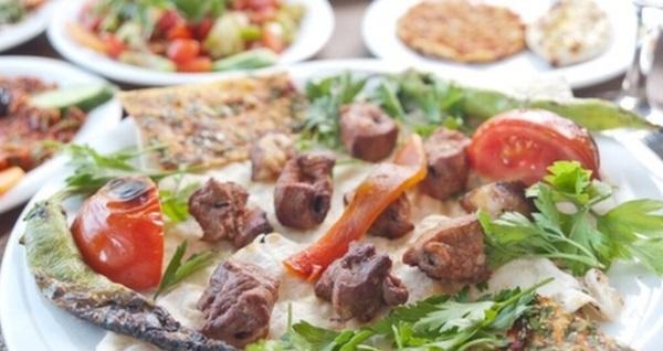 Kolcuoğlu Sancaktepe'de leziz seçenekli iftar menüsü seçenekleri 40 TL'den başlayan fiyatlarla! Bu fırsat 6 Mayıs - 3 Haziran 2019 tarihleri arasında, iftar saatinde geçerlidir.