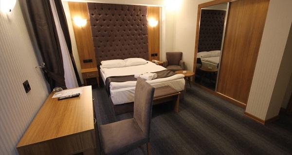 Kızılay Grand Silay Otel'de kahvaltı dahil çift kişilik 1 gece konaklama ve spa keyfi 159 TL! Fırsatın geçerlilik tarihi için, DETAYLAR bölümünü inceleyiniz.