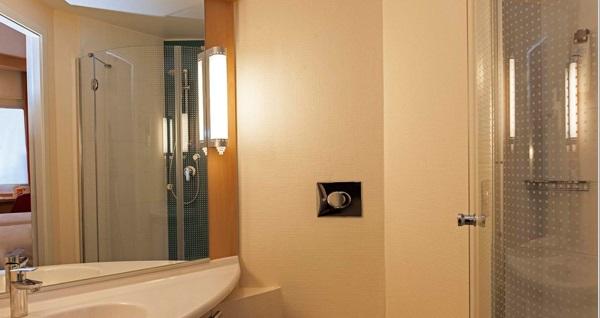 Ibis Bursa Hotel'de tek veya çift kişilik 1 gece konaklama seçenekleri 199 TL'den başlayan fiyatlarla! Fırsatın geçerlilik tarihi için DETAYLAR bölümünü inceleyiniz.