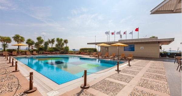 Novotel İstanbul'da hafta içi veya hafta sonu havuz kullanımı 125 TL'den başlayan fiyatlarla! Fırsatın geçerlilik tarihi için DETAYLAR bölümünü inceleyiniz.
