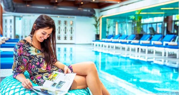 Şehrin en prestijli otellerinden Burgu Arjaan & Tango Arjaan by Rotana'da havuz girişi 75 TL'den başlayan fiyatlarla! Fırsatın geçerlilik tarihi için DETAYLAR bölümünü inceleyiniz.