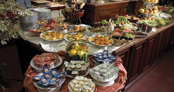 Kadıköy Dila Hotel'de kahvaltı dahil çift kişilik 1 gece konaklama keyfi 289 TL! Fırsatın geçerlilik tarihi için, DETAYLAR bölümünü inceleyiniz.
