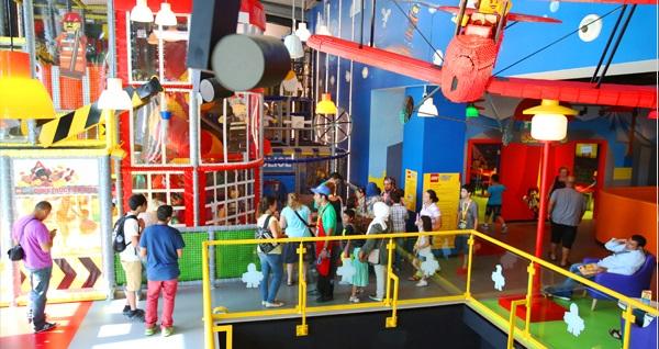 Legoland Discovery Centre için giriş biletleri kişi başı 29 TL'den başlayan fiyatlarla! Fırsatın geçerlilik tarihi için DETAYLAR bölümünü inceleyiniz.