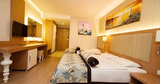 Alanya Blue Wave Suite Hotel'de çift kişilik odada HER ŞEY dahil 1 gece konaklama keyfi KİŞİ BAŞI 46 TL'den başlayan fiyatlarla! Opsiyonları dahilinde, 01-31 Mayıs 2015 tarihleri arasında, haftanın her günü geçerlidir. Fırsata; çift kişilik standart odalarda kişi başı 1 gece HER ŞEY dahil konaklama dahildir.