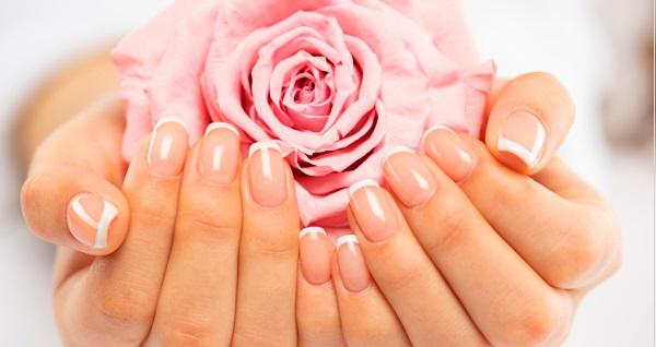 Rytim Beauty Lounge'den manikür - pedikür uygulamaları 100 TL yerine 39,90 TL! Fırsatın geçerlilik tarihi için DETAYLAR bölümünü inceleyiniz.