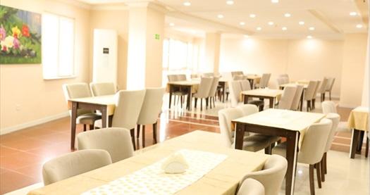 Lysa Hotel İstanbul'da tek veya çift kişi 1 gecelik kahvaltı dahil konaklama seçenekleri 169 TL'den başlayan fiyatlarla! Fırsatın geçerlilik tarihi için DETAYLAR bölümünü inceleyiniz.