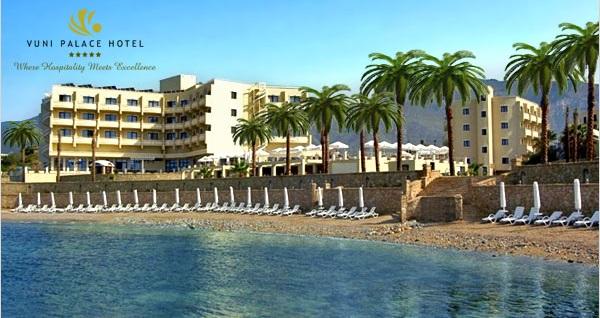 Vuni Palace Hotel'de ULAŞIM DAHİL kişi başı 2 gece YARIM PANSİYON konaklama paketleri 999 TL'den başlayan fiyatlarla! Detaylı bilgi ve rezervasyon için hemen 0850 532 50 76 numaralı telefonu arayın!