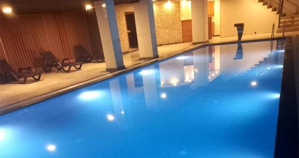 Fatih Golden Hill Hotel Aquaros Spa'da ıslak alan kullanımı, masaj ve kese köpük uygulamaları 149 TL'den başlayan fiyatlarla! Fırsatın geçerlilik tarihi için, DETAYLAR bölümünü inceleyiniz.
