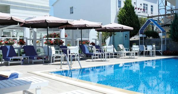 Ascot Hotel Büyükada'da kahvaltı dahil çift kişilik 1 gece konaklama seçenekleri 249 TL'den başlayan fiyatlarla! Fırsatın geçerlilik tarihi için DETAYLAR bölümünü inceleyiniz.