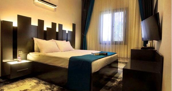 İzmir Plaza Hotel'de kahvaltı dahil çift kişilik 1 gece konaklama 240 TL yerine 149 TL! Fırsatın geçerlilik tarihi için DETAYLAR bölümünü inceleyiniz.