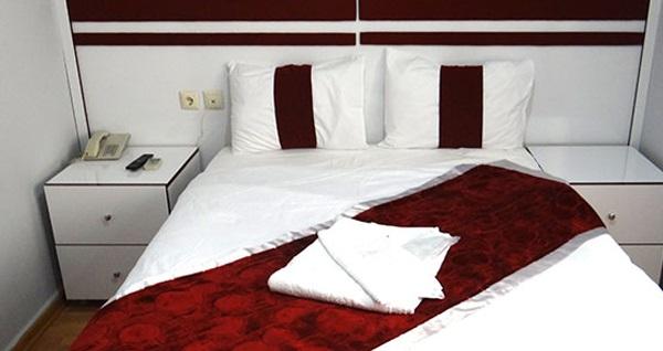 Çekirge Ara Konak Termal Hotel'de çift kişilik 1 gece konaklama seçenekleri 119 TL'den başlayan fiyatlarla! Fırsatın geçerlilik tarihi için DETAYLAR bölümünü inceleyiniz.