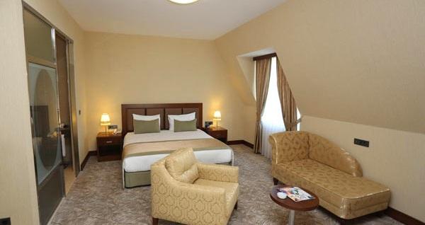 The Green Park Hotel Merter'de çift kişilik 1 gece konaklama seçenekleri 209 TL'den başlayan fiyatlarla! Fırsatın geçerlilik tarihi için, DETAYLAR bölümünü inceleyiniz.
