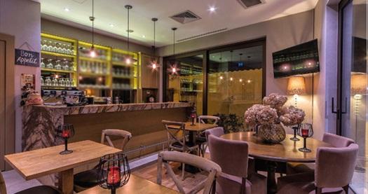Karaköy Hotel Morione'de çift kişilik 1 gece konaklama 349 TL! Fırsatın geçerlilik tarihi için DETAYLAR bölümünü inceleyiniz.