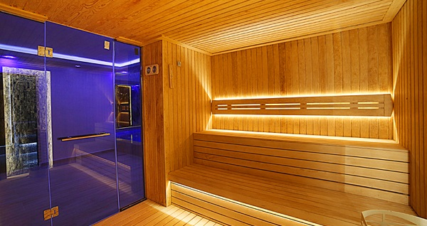 Fatih Bekdaş Hotel İklima Spa'da ıslak alan kullanımı dahil kese-köpük ve masaj paketleri 90 TL'den başlayan fiyatlarla! Fırsatın geçerlilik tarihi için, DETAYLAR bölümünü inceleyiniz.