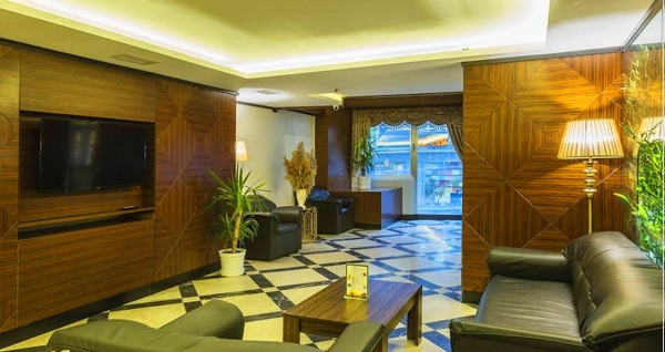Atro Hotel'de kahvaltı dahil çift kişilik konaklama keyfi 149 TL! Fırsatın geçerlilik tarihi için DETAYLAR bölümünü inceleyiniz.