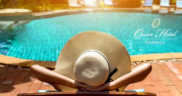 Beyoğlu Opera Hotel L'aura Spa'da açık havuz sefası 50 TL'den başlayan fiyatlarla! Fırsatın geçerlilik tarihi için DETAYLAR bölümünü inceleyiniz.