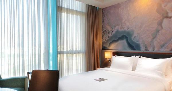 Hotel Mercure İstanbul Ümraniye'de çift kişilik 1 gece konaklama seçenekleri 189 TL'den başlayan fiyatlarla! Fırsatın geçerlilik tarihi için DETAYLAR bölümünü inceleyiniz.