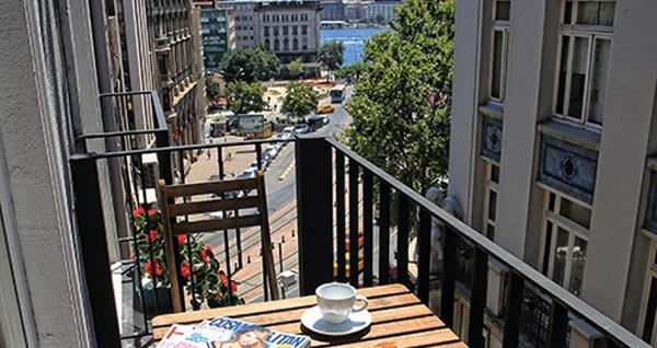Karaköy Aparts Hotel & Suites'in farklı odalarında kahvaltı hariç çift kişilik 1 gece konaklama 179 TL'den başlayan fiyatlarla! Fırsatın geçerlilik tarihi için DETAYLAR bölümünü inceleyiniz.