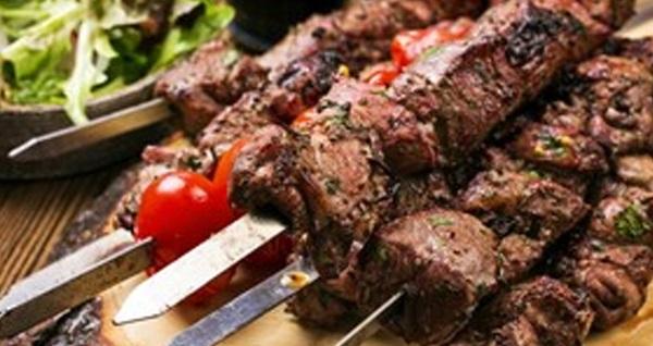 Sultanahmet Şiva Restaurant'ta iftar menüsü 79 TL! Bu fırsat 6 Mayıs - 3 Haziran 2019 tarihleri arasında, iftar saatinde geçerlidir.