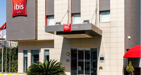 İbis İstanbul Beylikdüzü Hotel'de tek veya çift kişilik 1 gece konaklama seçenekleri 239 TL'den başlayan fiyatlarla! Fırsatın geçerlilik tarihi için, DETAYLAR bölümünü inceleyiniz.