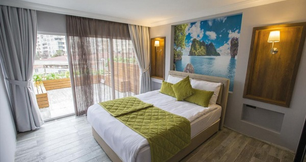 Ankara Double Bond House Spa Hotel'de tek kişi 1 gece konaklama seçenekleri 160 TL'den başlayan fiyatlarla! Fırsatın geçerlilik tarihi için DETAYLAR bölümünü inceleyiniz.