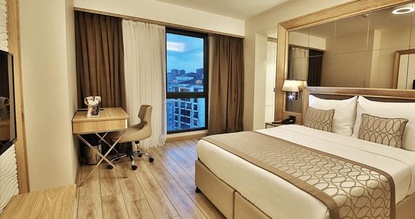 Bof Hotels Ceo Suite Ataşehir'de suite odada çift kişilik 1 gece konaklama seçenekleri 249 TL'den başlayan fiyatlarla! Fırsatın geçerlilik tarihi için, DETAYLAR bölümünü inceleyiniz.