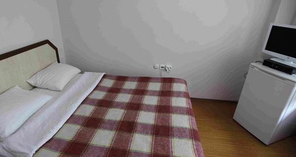 Yalova Termal Saray Hotel'de kahvaltı dahil çift kişilik 1 gece konaklama ve termal havuz kullanımı 159 TL! Fırsatın geçerlilik tarihi için, DETAYLAR bölümünü inceleyiniz.