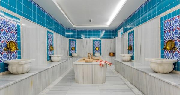 EKSTRA İNDİRİM! 1 KİŞİ 50 DAKİKA Bali veya taş masajı ve ıslak alan kullanımı 220 TL yerine 119 TL! Fırsatın geçerlilik tarihi için DETAYLAR bölümünü inceleyiniz. Bof Hotels Viento Spa haftanın her günü 10:00-22:00 saatleri arasında hizmet vermektedir.
