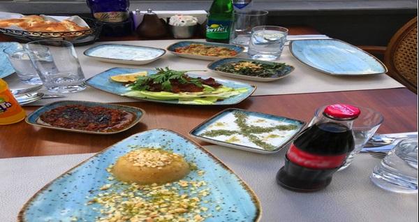 Şanlı Edessa Restaurant'ta lezzet dolu menü 28.90 TL! Fırsatın geçerlilik tarihi için DETAYLAR bölümünü inceleyiniz.