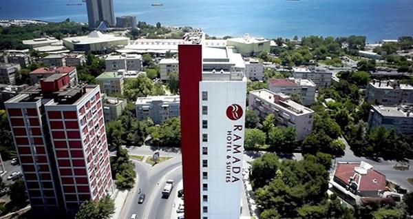 Ataköy Ramada Hotel & Suites By Wyndham İstanbul Hotel'de kahvaltı dahil çift kişilik 1 gece konaklama 600 TL yerine 349 TL! Fırsatın geçerlilik tarihi için, DETAYLAR bölümünü inceleyiniz.