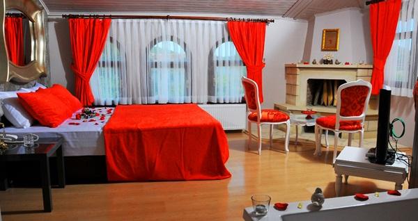 Ağva Inn Hotel'in jakuzili odalarında kahvaltı dahil çift kişilik 1 gece konaklama seçenekleri 179 TL'den başlayan fiyatlarla! Fırsatın geçerlilik tarihi için DETAYLAR bölümünü inceleyiniz.